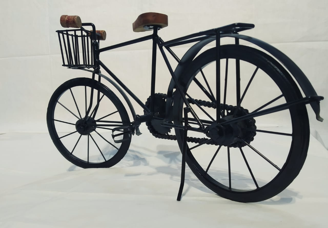 BLACK BICYCLE  TABLE DECOR ARTIFACT